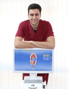 Dr Ralev